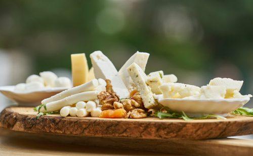 Вносни сирена и млечни продукти